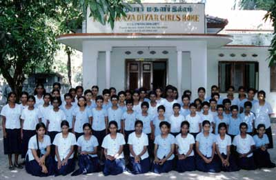 Residents of Thilagavathiyar Girls' Home, Chettipalayam
